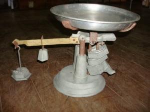Balança em ferro fundido